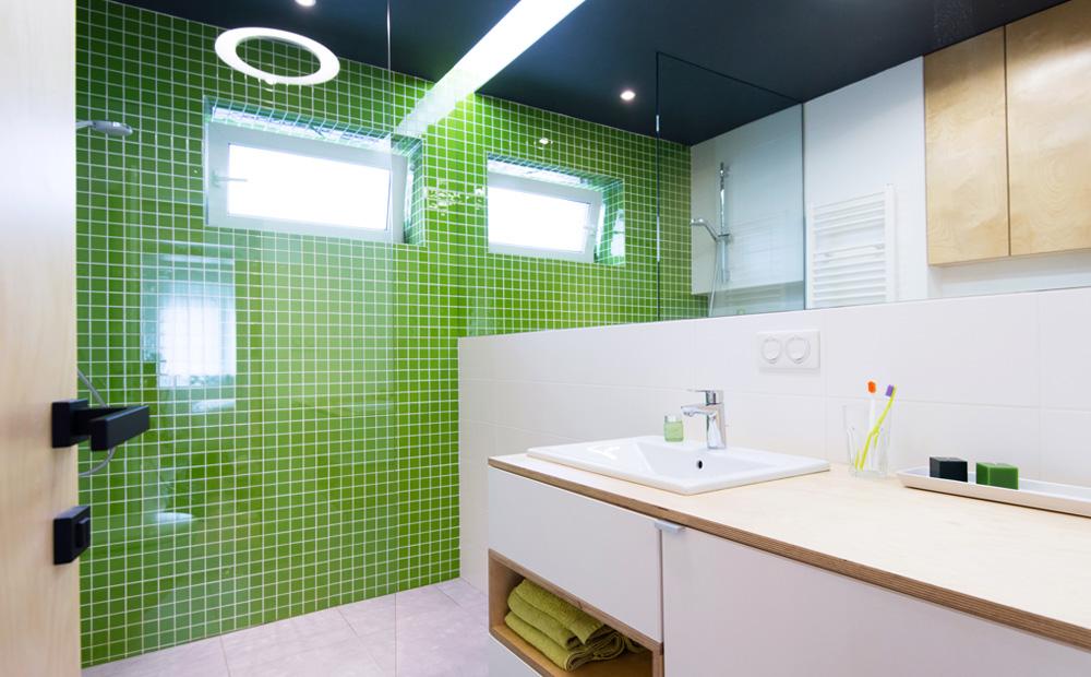 Kleuren kleine badkamer