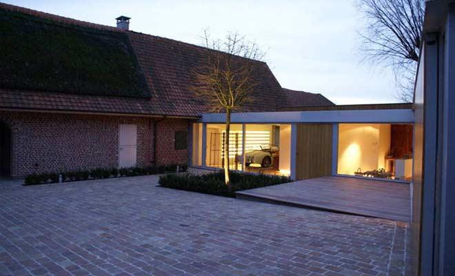 Boerderij renovatie moderne hoeve met landelijke inrichting for Moderne aanbouw aan klassiek huis