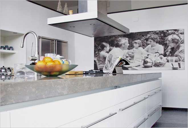 Witte Keuken Sfeer : Witte keuken met betonnen werkblad ~ beste ideen over huis en interieur