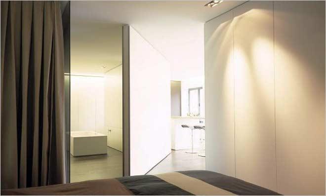 Loft inrichting van filip deslee de ijsfabriek in antwerpen - Personeel inrichting slaapkamer ...