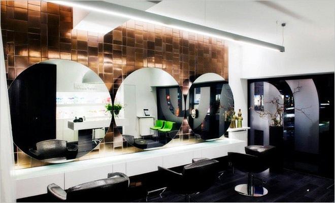 Modern interieur kapsalon inrichting door montagna lunga de hoofdzaak - Decoratie van het interieur ...