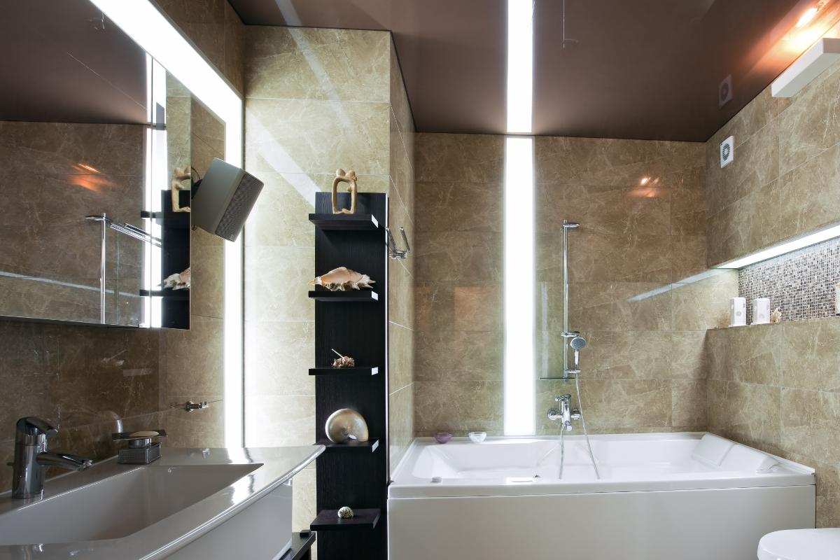 Gepersonaliseerd plafond mogelijkheden toepassingen prijzen - Waterafstotend badkamer ...