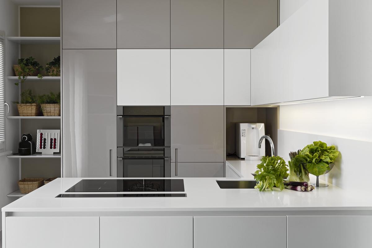Greeploze keuken tips uitvoeringen inspiratie foto 39 s interieurdesigner - Keuken wit en blauw ...