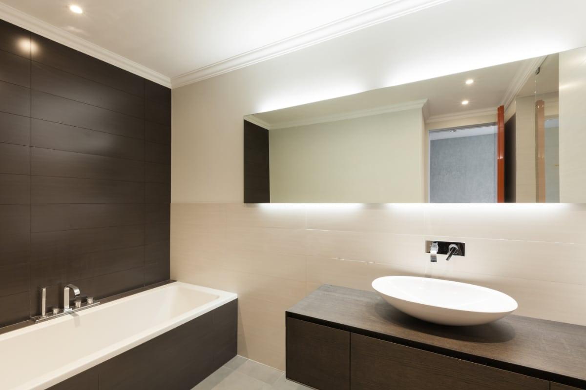 badkamermeubel in hout