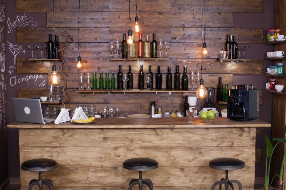 Houten bar mancave